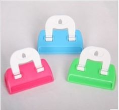 Sometimes you need some useful tool to help you do something difficult,just like the plastic clip.