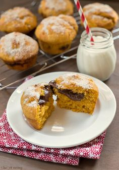 Nutella-Filled Pumpkin Spice Muffins, I DON'T EVEN KNOW WHAT IM GOING TO DO WITH MYSELF AFTER I MAKE THESE!!!!!!! Lock myself in a closet with them?