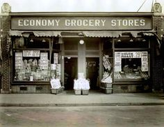 The first Economy grocery store which would grow into Stop & Shop. Opened by the Rabinovitz family in Somerville, MA 1914.