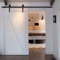 Resultado de imagem para closet porta celeiro