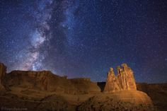 Milky Way over Arches National Park js - Just Space Milky Way Stars, Arches Np, Fourth World, Sky Art, Night Skies, Astronomy, Cosmos, Monument Valley, Cool Pictures