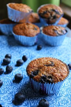 Skinny Blueberry Oatmeal Muffins | Fabtastic Eats