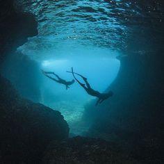 "Photo Of The Week: ""Cave Freediving"" by @apnearus #deeperblue #deeperbluephoto #underwater #freediving #freediver #freedive #apnea #apnearus #ocean #Nikon #sea  #cave #underwaterphotography #underwaterworld #Ikelite #freedivingphotography More @ www.deeperblue.com | Photographer: @apnearus http://ift.tt/1oAcsrb"