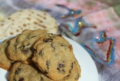 The Best Passover Chocolate Chip Cookies - Joy of Kosher Passover Desserts, Passover Recipes, Jewish Recipes, Passover Food, Jewish Desserts, Delicious Cookie Recipes, Yummy Cookies, Dessert Recipes, Deserts