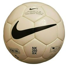Shop Nike NK 250 SX Official Match Ball Football Original Vintage Size Free delivery and returns on all eligible orders. Football Soccer, Football Shirts, Soccer Ball, Soccer Fifa, Adidas Sportswear, Nike Models, Best Player, Vintage Nike, The Originals