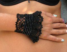 Forme libre perles bracelet au crochet avec perles acryliques et du fil de coton prêt à expédier Jembarque Articles dans 1-2 jours ouvrables après que jai