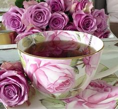 Raindrops and Roses: Photo Coffee Art, Coffee Time, Tea Time, Tea Cup Saucer, Tea Cups, Bouquet Champetre, Raindrops And Roses, Breakfast Tea, Tea Art