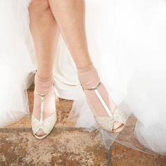 Anniel Butterfly Wedding Open-toe Sandal | Bridal Collection www.annielmoda.com