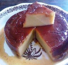 PUDÍN DE PLATANO MADURO Chocolate Caliente, Spanish Food, Baked Goods, Sweet Recipes, Donuts, Panna Cotta, Cheesecake, Cooking Recipes, Gastronomia