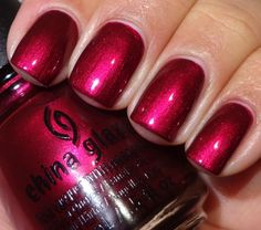 China Glaze Autumn Nights – Schimmer - New Sites Uv Gel Nagellack, Nagellack Design, Nagellack Trends, China Glaze Nail Polish, Red Nail Polish, Opi Nails, Matte Nails, Bling Nails, Super Nails