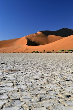 One of the most luxurious stays you can have in Namibia is at Little Kulala - surrounded bt beautiful desert and some of the world's highest sand dunes. Africa Travel, Us Travel, Namib Desert, Dune, Beautiful World, Deserts, Things To Come, Big Daddy, Places