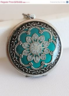 Hey, I found this really awesome Etsy listing at http://www.etsy.com/listing/123657784/on-sale-locket-silver-locketgreen