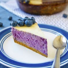 Fitness recepty z proteinu Healthy Desserts, Healthy Cooking, Healthy Eating, Healthy Recipes, Healthy Food, Cheesecake, Food Inspiration, Granola, Cheesecakes
