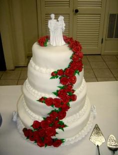 Wedding Cake With Cascading Roses: We chose this cake because it matched our personal style and the style of the wedding. Everything was red roses with greenery on a stark white, uncluttered Red And Pink, Red And White, Our Wedding, Wedding Ideas, Wedding Stuff, Colorful Cakes, Rose Design, Beautiful Cakes, Cake Designs