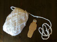2 Fun Halloween Crafts for Kids - Yarn Wrap Mummies on Lalymom - cute and so easy!