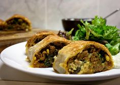 3 hungry tummies: Spiced Lamb, Pine Nuts, Sultanas And Spinach Pinwh...