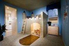 Castle Bed for a Little Prince :|: www.decorativebedroom.com