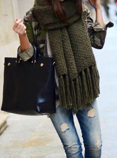Oversize scarf, casual outfit