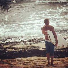 Dominic Purcell surfing - Hawaii that's nice Hawaii 2017, Hawaii Surf, Lincoln Burrows, Mick Rory, Dominic Purcell, Wentworth Miller, Prison Break, Legends, Surfing