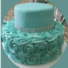 Tiffany Blue Rosette Cake~~idea only ✔ Tiffany Cakes, Tiffany Party, Tiffany Wedding, Pretty Cakes, Beautiful Cakes, Amazing Cakes, Sweet Sixteen, Tiffany Sweet 16, Rosette Cake