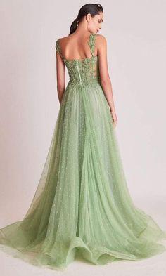 Stunning Prom Dresses, Pretty Prom Dresses, Grad Dresses, Ball Dresses, Elegant Dresses, Cute Dresses, Beautiful Dresses, Corset Prom Dresses, Green Prom Dresses