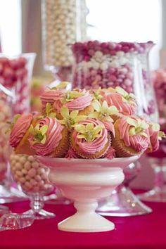 Wedding cupcake bouquet.