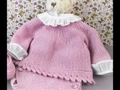 Discover recipes, home ideas, style inspiration and other ideas to try. Baby Cardigan, Knit Cardigan, Baby Knitting Patterns, Hand Knitting, Crochet Baby, Knit Crochet, Knit Baby Sweaters, Cross Stitch Baby, Garter Stitch