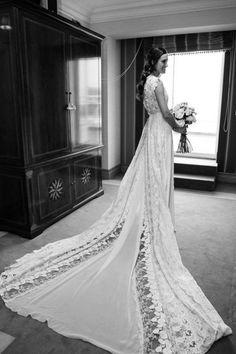 ¿Te casas en los próximos meses? Te desvelamos una de nuestras firmas nupciales favoritas. Los vestidos de novia de Helena Mareque. ¡Diseños de ensueño!
