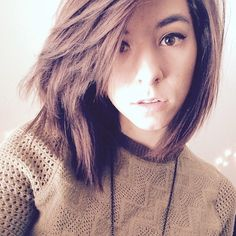 Christina Grimmie shes the first youtuber ive ever liked qnd shes sooooo beautiful talented and i luv her hair very cool and sweet!