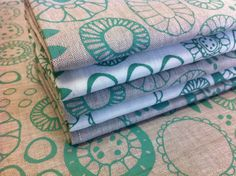 Green on natural and oatmeal linen. Three Birds, Textile Design, Third, Cushions, Textiles, Oatmeal, Designers, Design Ideas, Green