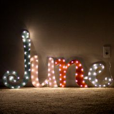 DIY Marquee Light {and how to make it in your own Custom Font!}