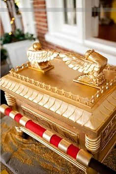 ark of the covenant cake