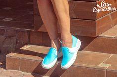 Новую модель женских кед las Espadrillas мы разработали на повышенной подошве в виде приподнятой подошвы. Боковые резинки работают как декор и как регулятор подъема стопы. Модель утверждена дизайнерами на сезон 2016 года. #fashion #moda #buy #shoes #footwear #style  #woman #sneakers #keds #converse #Обувь #стиль #journal #vans #palladium #look #like #bestoftheday #madeinukraine #hypebeast #sneakerfreaker #sneakernews #goodlook #кеды #стиль #мода #бренд #обувь #магазин #производство #дизайн