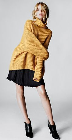 EXACTLY the sweater I've been looking for. Elin Kling x Guess by Marciano. Photo via Style by Kling. Elin Kling, Moda Crochet, Estilo Blogger, Look Girl, Fashion Blogger Style, Fashion Bloggers, Fashion Trends, Winter Mode, Fall Winter