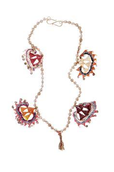 Necklace by Virginia Abascal | http://verdeagua-alhajas.com/virginia-abascal/
