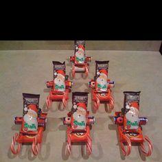 Santa Candy sleighs.