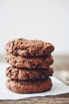 double chocolate cookies #vegan   RECIPE on hotforfoodblog.com