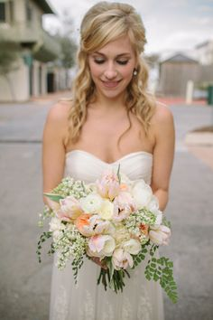 pretty pastel tulip bouquet | Pure 7 #wedding