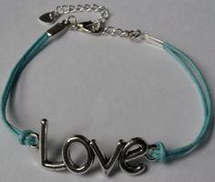 Armband love lichtblauw #Handgemaakt door Antiro.nl