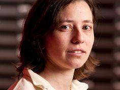 Nathalie Mitton est responsable scientifique de l'équipe-projet Pops au centre Inria Lille – Nord Europe. Elle a soutenu son habilitation à diriger les recherches dans un domaine en pleine expansion : l'internet des objets. Etiquettes radio-fréquences et réseaux de capteurs, sur quoi se portent les efforts des chercheurs aujourd'hui ?