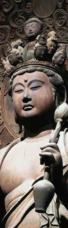 BHUDDASTATUE - WOODCARVING