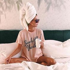 Relax Style, With a Hair Wrapped In a Towel - Towel Photo Pour Instagram, Instagram Pose, Creative Photos, Cool Photos, Poses Pour Photoshoot, Shotting Photo, Photographie Portrait Inspiration, Home Photo Shoots, Best Photo Poses