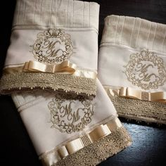 Towel Embroidery, Embroidered Towels, Embroidery Monogram, Machine Embroidery, Crochet Towel, Towel Crafts, Decorative Towels, Luxury Bedding Collections, Crochet Baby Clothes
