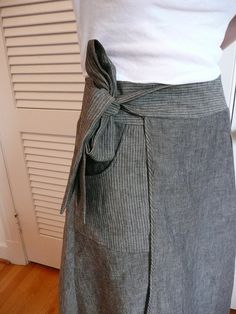 linen wrap by anne:made, via Flickr  ......  McCalls 5430....... grey/black and pinstriped slub linen.