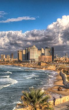 Beautiful Tel Aviv… Have you ever been there? Places Around The World, Travel Around The World, Around The Worlds, Great Places, Beautiful Places, Terra Santa, Timor Oriental, Totes Meer, Places To Travel