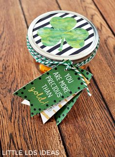 March 2017 Visiting Teaching Idea and Printables. This March 2017 Visiting Teaching Idea is the perfect little treat to deliver to the sisters you visit teach. Free printables from Little LDS Ideas. Visiting Teaching Message, Visiting Teaching Handouts, Teaching Ideas, Mutual Activities, Therapy Activities, Employee Appreciation Gifts, Volunteer Appreciation, Employee Gifts, St Patricks Day Quotes