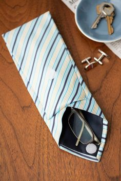 Transform a traditional necktie into a nifty eyeglass case for a Father's Day craft Dad will love.