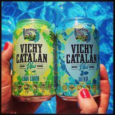 Vichy Catalán Plus Lima Limón y Menta, en lata en la piscina