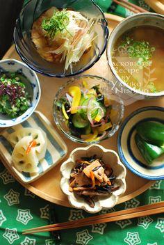 日本人のごはん Japanese meals 小鉢料理12 Fall Recipes, Asian Recipes, Great Recipes, Ethnic Recipes, Japanese Menu, Japanese Food Art, Plate Lunch, Good Food, Yummy Food