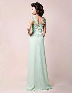 A-line V-neck Floor-length Chiffon Mother of the Bride Dress With Appliques – USD $ 129.99